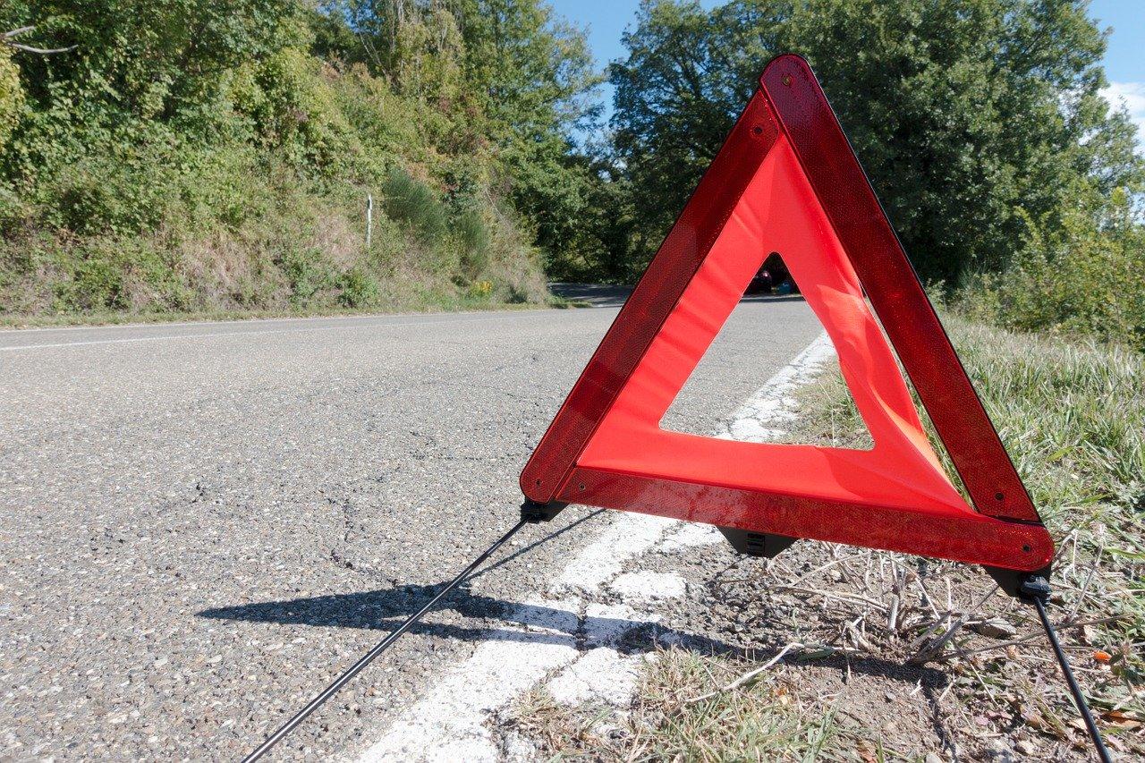 Triangle accessoire de sécurité voiture
