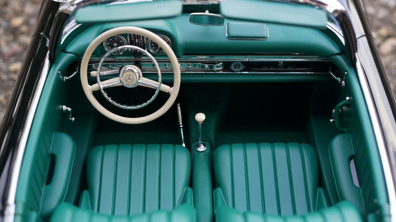 Sièges de voiture, bleu type ancienne voiture américaine